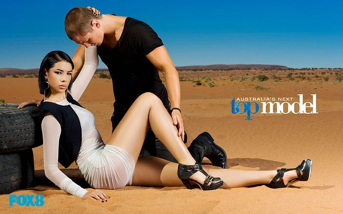 Australia's Next Top Model 澳洲超模新秀大賽第五季桌布二 - Laura Mitchell 第五周平面照主題:Lingerie on the Desert 電腦桌布14