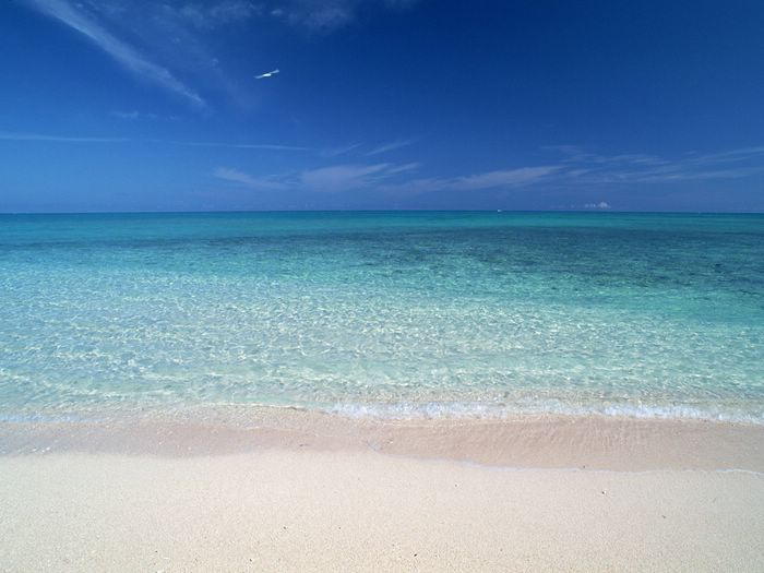 http://big5.wallcoo.com/human/SZ_154_OKINAWA_Japan_01/images/beach_of_Okinawa_GJ018.jpg