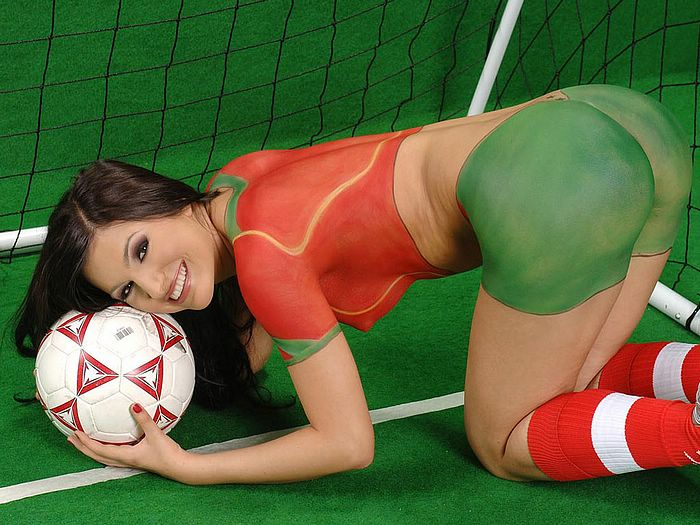 Sexy Football Body Paint - WorldCupBaby